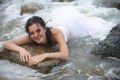 lycklig mermaidstående för brud Royaltyfri Foto