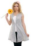lycklig modell för härlig blond blomma 2 royaltyfri fotografi