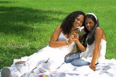 lycklig mom för flicka Arkivbild