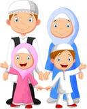 Lycklig muslimsk familjtecknad film royaltyfri illustrationer