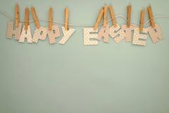 Lycklig påsk - bokstavskläderlinje 1 Royaltyfri Bild