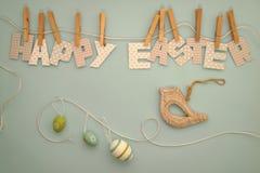 Lycklig påsk - bokstavskläderlinje 2 Arkivbilder