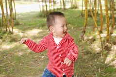 Lycklig pojke Arkivbilder