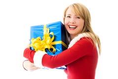 lycklig present för julflicka Arkivbilder