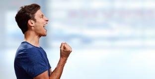 Lycklig profil för ung man royaltyfri fotografi