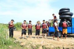 Lycklig Rafting för vatten Arkivfoto