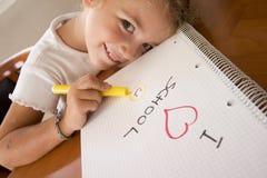 lycklig schoolgirl Royaltyfri Foto