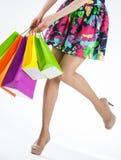 Lycklig shopping! royaltyfri fotografi