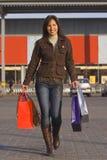 lycklig shopping Royaltyfri Fotografi
