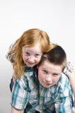 lycklig sibling royaltyfri bild