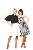 lycklig skratta stående två för flickor Royaltyfri Fotografi