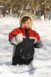 lycklig snow för pojke Arkivfoton