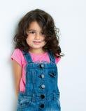 lycklig stående för flicka Arkivfoto