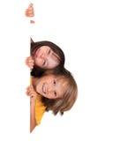 Lycklig syster och broder royaltyfria bilder