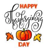 Lycklig tacksägelsedagbokstäver Handskriven vektorkalligrafi på vit bakgrund med orange pumpa EPS10 Arkivbilder