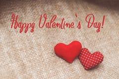 Lycklig text för dag för valentin` s på kanfas Royaltyfri Foto