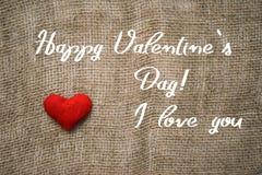 Lycklig text och hjärta för dag för valentin` s Royaltyfri Bild
