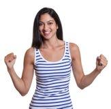 Lycklig turkisk kvinna i en randig skjorta arkivbilder