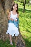 Lycklig ung flicka Arkivfoto