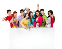 Lycklig ung grupp människor Arkivfoton