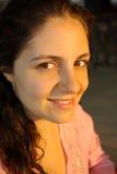 Lycklig ung kvinna Arkivfoto