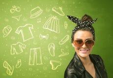 Lycklig ung kvinna med symboler för exponeringsglas och för tillfällig kläder Arkivfoto