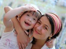 lyckliga ögonblick för familj Arkivfoton
