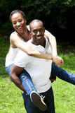 lyckliga afrikanska par Arkivbilder