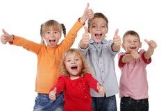 lyckliga barn Arkivfoton