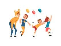 Lyckliga barn som har gyckel med tecknaren på födelsedagpartiet, underhållare i den festliga roliga dräkten som utför för u vektor illustrationer
