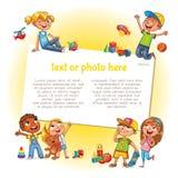 Lyckliga barn som rymmer den tomma affischen vektor illustrationer