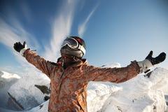 lyckliga berg för flicka Fotografering för Bildbyråer