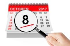 Lyckliga Columbus Day Concept 8 Oktober 2017 kalender med Magnifi Arkivbilder
