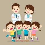Lyckliga doktor och gulligt barn stock illustrationer