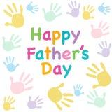 Lyckliga faderns dag lurar det färgrika handprinthälsningkortet Arkivbild