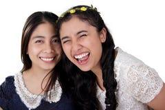 Lyckliga flickor stänger sig upp Arkivbilder