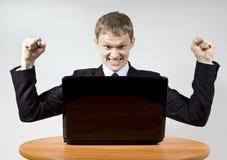lyckliga lyckliga internet för utmärkelsegrabb Fotografering för Bildbyråer
