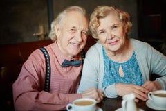 lyckliga pensionärer Arkivbild