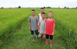 Lyckliga pojkar Royaltyfria Bilder