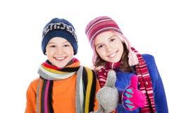 Lyckliga pojke- och flickatummar upp Fotografering för Bildbyråer