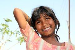 lyckliga poor för flicka Arkivfoton