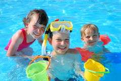 lyckliga simmare Royaltyfri Bild