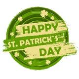 Lyckliga Sts Patrick dag med treklövertecken, gräsplan runda dragit b Arkivbilder