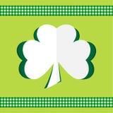 Lyckliga Sts Patrick för växt av släkten Trifoliumkort dag Arkivfoto