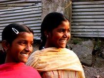 lyckliga systrar Fotografering för Bildbyråer