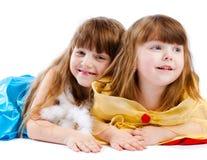 lyckliga systrar Royaltyfri Bild