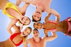 lyckliga tonåringar Arkivfoto