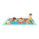 Lyckliga ungar som har gyckel i en simbassäng, färgrik teckenvektorillustration vektor illustrationer