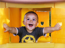 lyckligt barn royaltyfria bilder