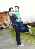 lyckligt barn för par fotografering för bildbyråer
